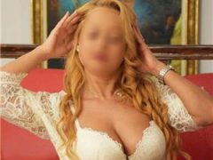 Escorte verificate: Escorta blonda singura in locatie, poze 100realeLa hotel.sau la mn.